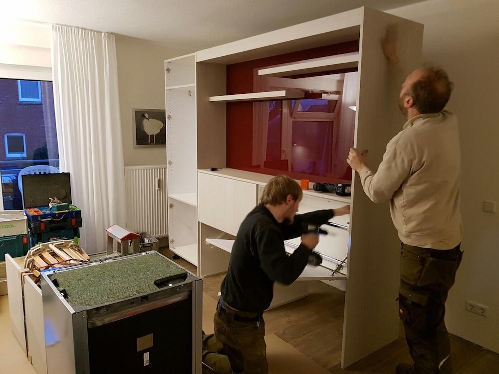 wohnwand mit schrankbett perfect komplett schrank bett x. Black Bedroom Furniture Sets. Home Design Ideas