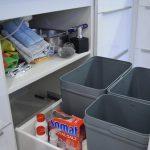 Küche maßgeschneidert Stauraum