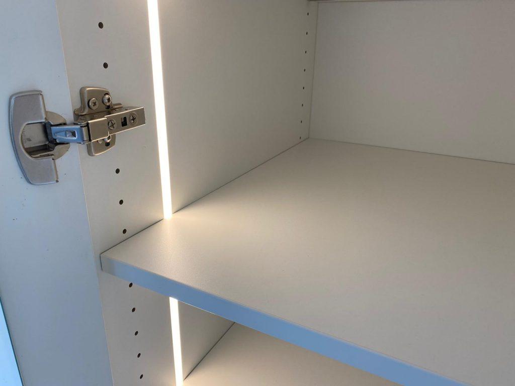 Beleuchtung im Schrank, LED-Lichtleisten
