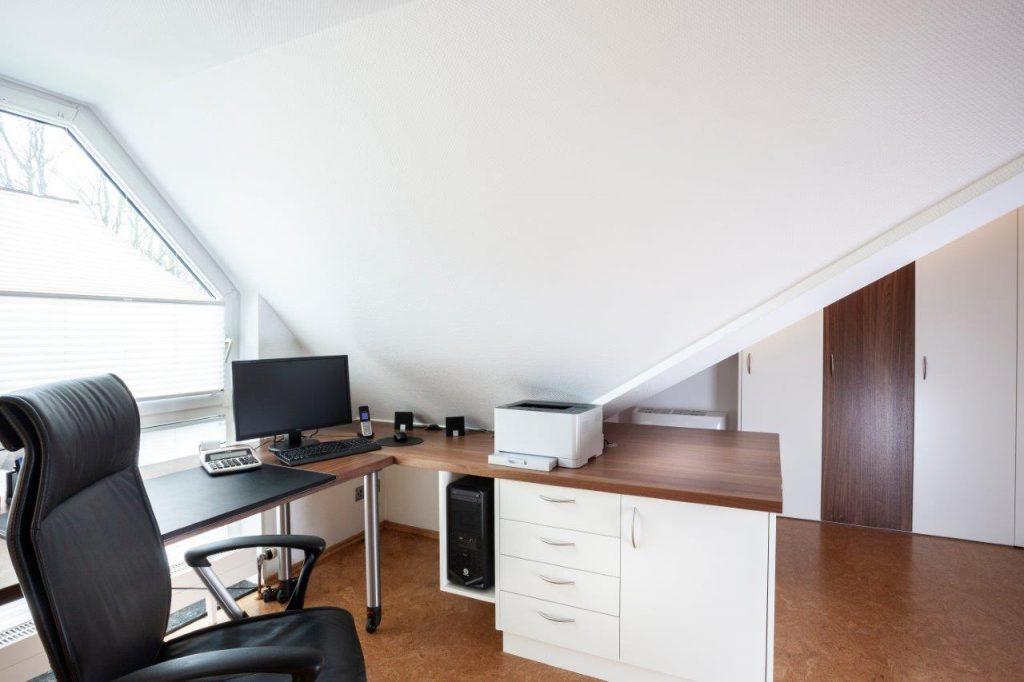 Arbeitszimmer Einrichten Unter Der Dachschrage Innenausbau Binder